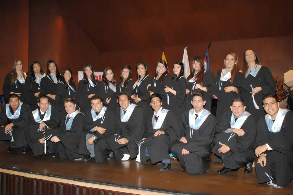 ceremonia de grado IP2013 1